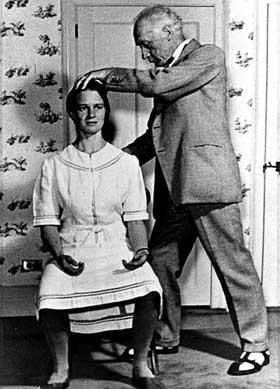 FM Alexander positioning woman's posture